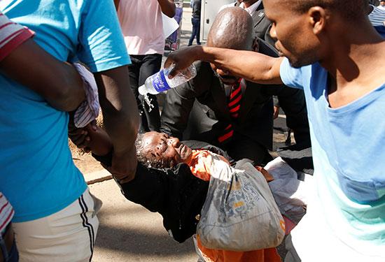 احتجاجات-زيمبابوى-(8)
