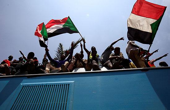 احتفالات-فى-السودان-(2)