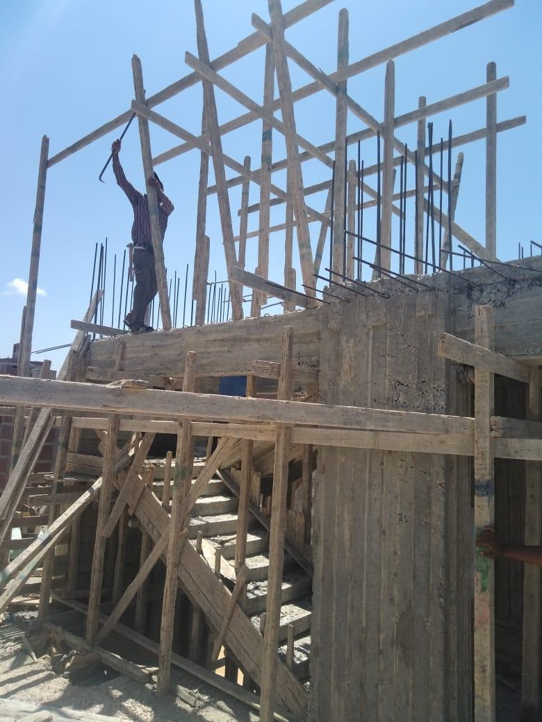 وقف أعمال بناء وهدم بدون ترخيص (3)