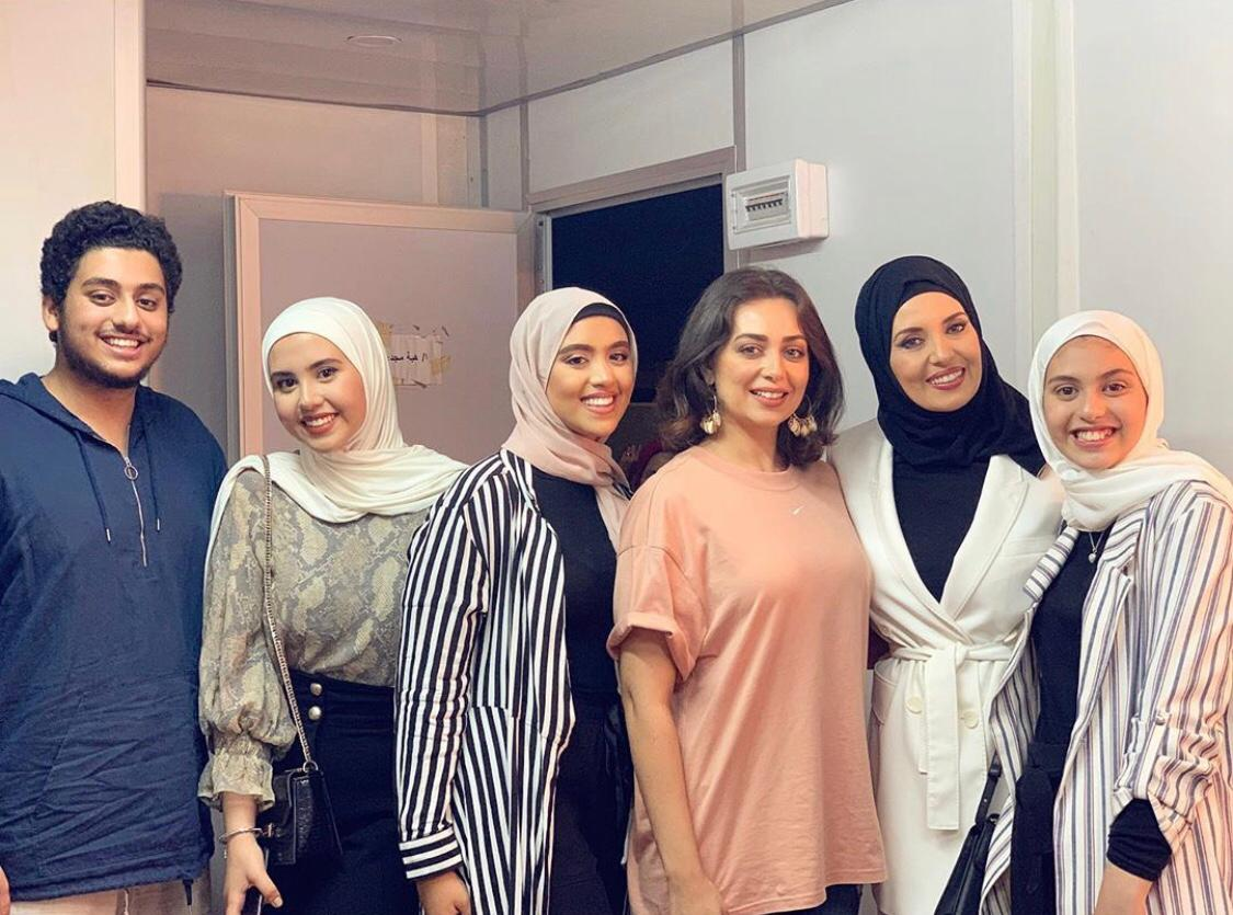 جيهان نصر وابنائها وابنة اختها مع هبة مجدى