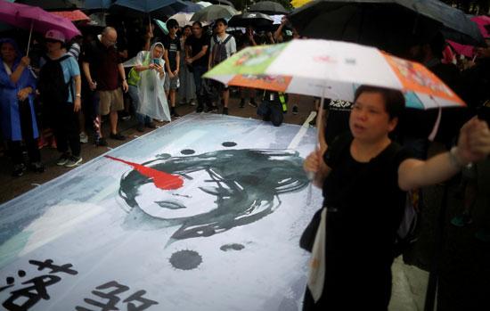 احتجاجات-رغم-الأمطار