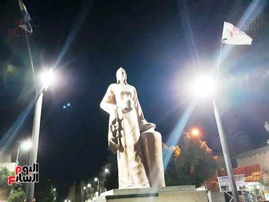1-تمثال-يزين-محافظة-قنا