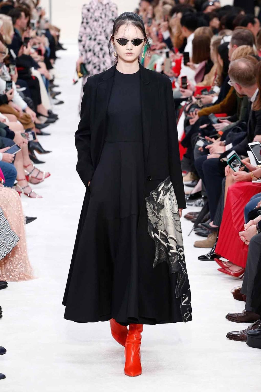 عرض أزياء فلانتينو لشتاء وخريف 2019.