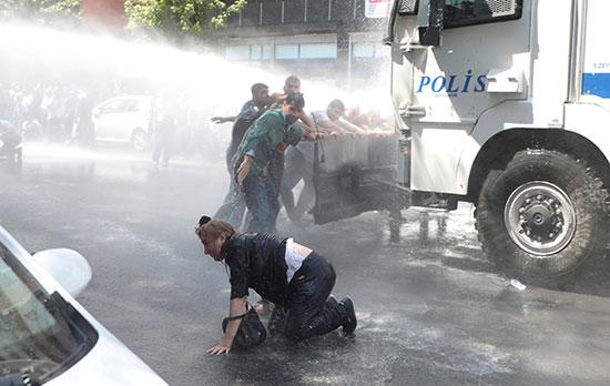 2019-08-19T141832Z_1814913071_RC1FF79B0230_RTRMADP_3_TURKEY-SECURITY-KURDS
