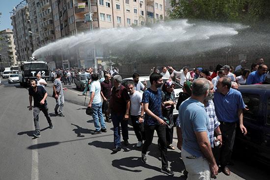2019-08-19T141154Z_1966545804_RC130CAE7970_RTRMADP_3_TURKEY-SECURITY-KURDS