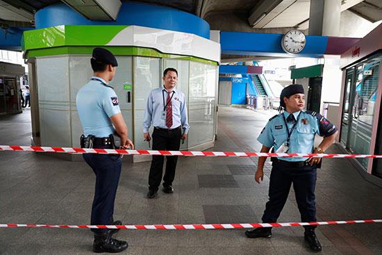 الأمن فى موقع الحادث