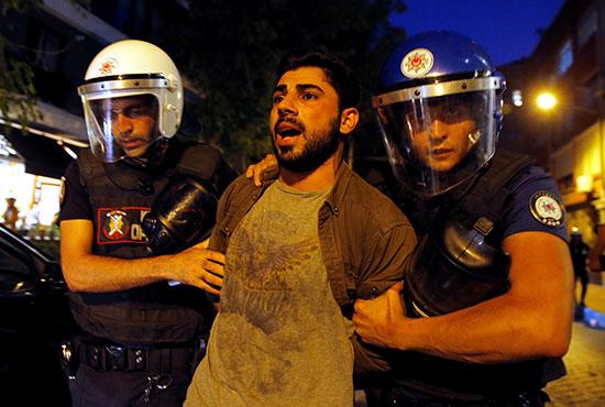 2019-08-20T190429Z_398666773_RC156198B920_RTRMADP_3_TURKEY-SECURITY-KURDS