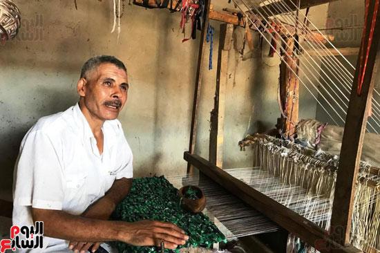 صناعة غزل السجاد اليدوى (8)