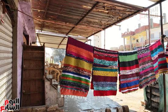 صناعة غزل السجاد اليدوى (7)