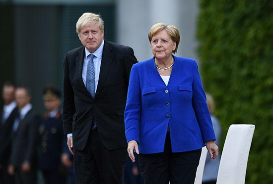 المستشارة الالمانيه تلتقى برئيس الوزراء البريطانى
