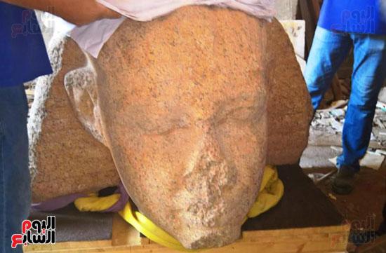 رأس تمثال للملك سنوسرت الأول