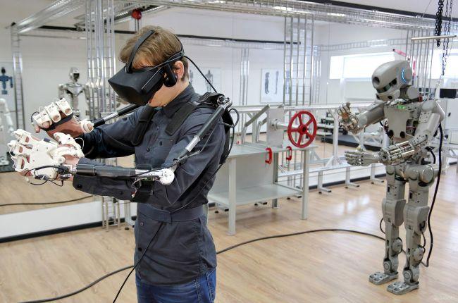 روبوت بشرى 2