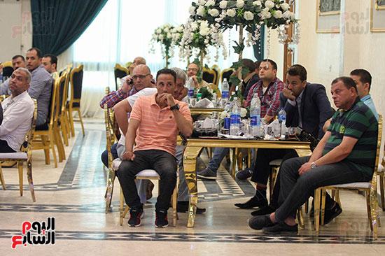 إجتماع لجنة الأندية (4)