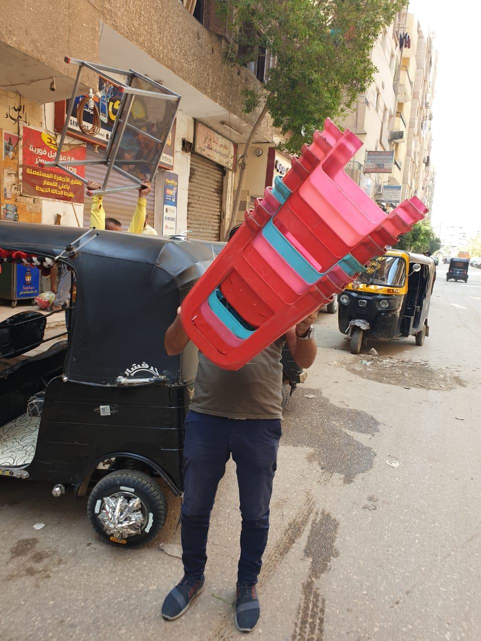 رفع الإشغالات بالعجوزة والطالبية وإصلاح كسر ماسورة مياه جنوب الجيزة  (9)