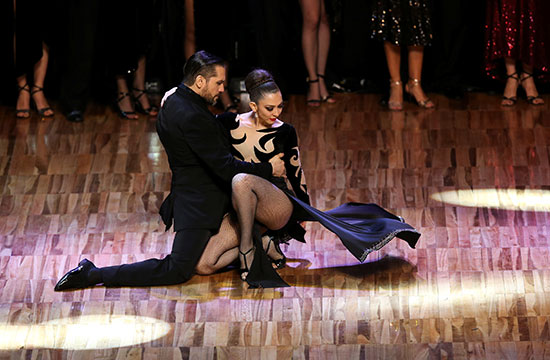 2019-08-22T012306Z_1903827111_RC189924E4F0_RTRMADP_3_ARGENTINA-TANGO-STAGE-FINAL