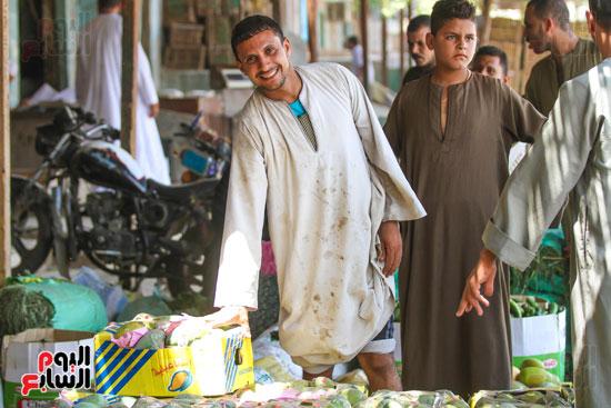 عيد احد تجار المانجو