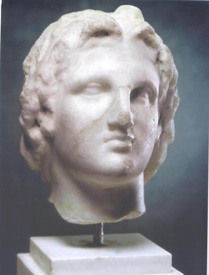 إحدى القطع الأثرية بالمتحف (1)