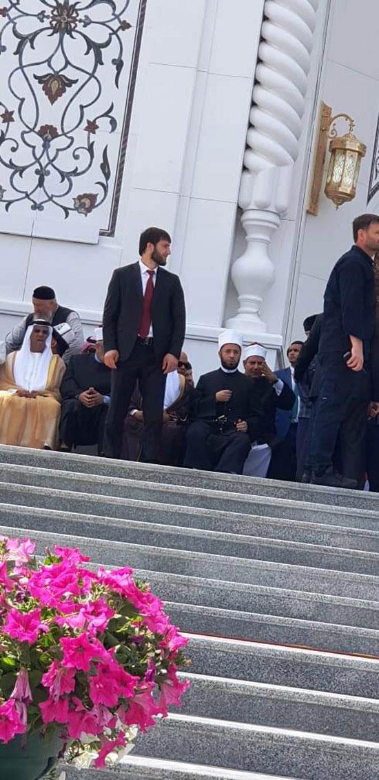 رئيس الشيشان يبكى خلال افتتاح أكبر مسجد بأوربا فى ذكرى والده (6)