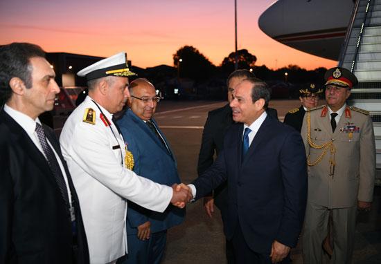 الرئيس السيسى يصل بياريتز (3)
