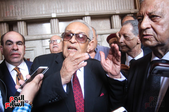 قيادات وأعضاء حزب الوفد من مختلف المحافظات فى زيارة لضريح سعد زغلول (3)