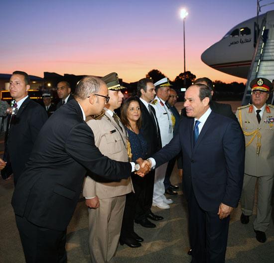 الرئيس السيسى يصل بياريتز (2)