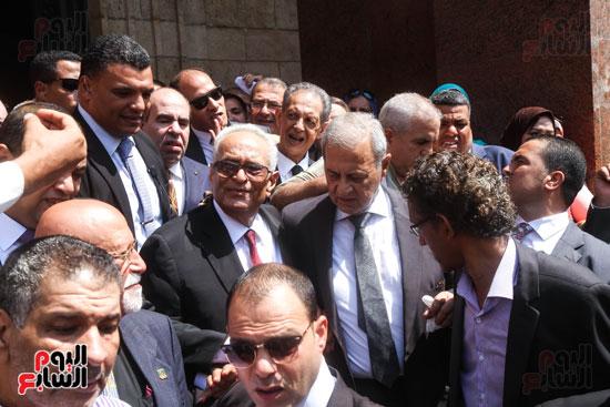 قيادات وأعضاء حزب الوفد من مختلف المحافظات فى زيارة لضريح سعد زغلول (5)