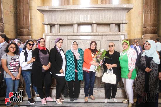 قيادات وأعضاء حزب الوفد من مختلف المحافظات فى زيارة لضريح سعد زغلول (15)