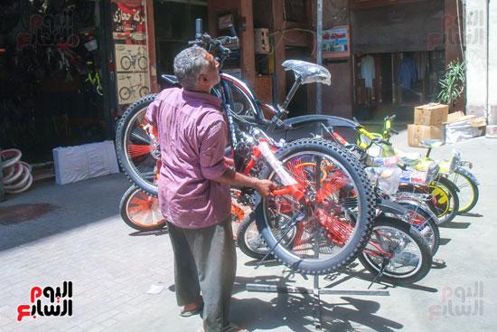 يحمل الدراجة الهامر
