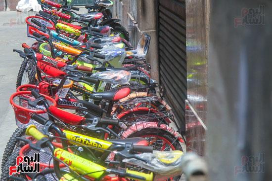 مجوعة من الدراجات الحديثة