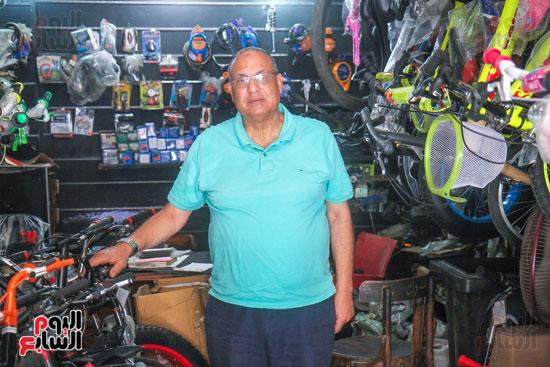 احمد حجازى تاجر دراجات