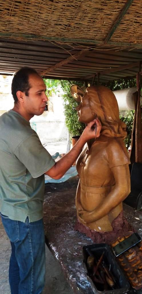 محافظة مطروح تحيي ذكرى ليلى مراد بتمثال برونزي   (5)