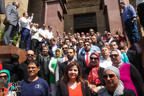 قيادات وأعضاء حزب الوفد من مختلف المحافظات فى زيارة لضريح سعد زغلول (7)