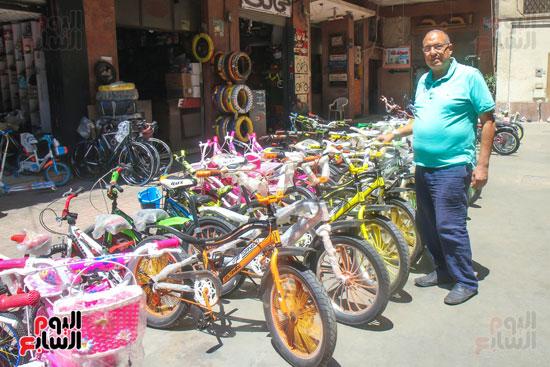 احمد حجازى صاحب محلات دراجات