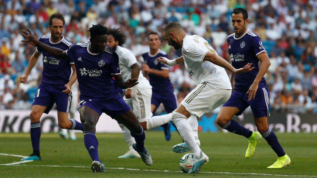 كريم بنزيما في مباراة الريال ضد بلد الوليد