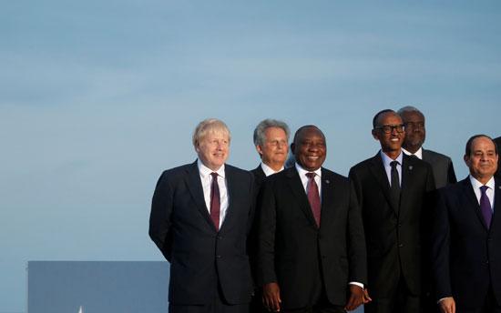 الرئيس يشارك فى الصورة التذكارية لقادة مجموعة السبع