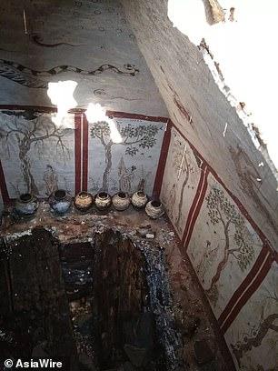 المقبرة المكتشفة داخل قبر صينى  (5)