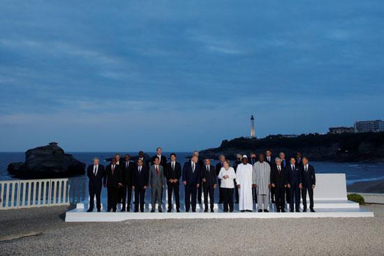 الرئيس السيسى وسط قادة مجموعة الدول السبع