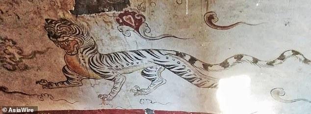 المقبرة المكتشفة داخل قبر صينى  (1)