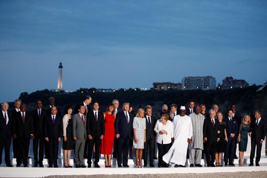 الرئيس يشارك فى الصورة التذكارية لقادة مجموعة G7