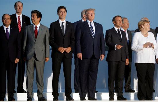 الرئيس السيسي يشارك في الصورة التذكارية لقادة مجموعة السبع