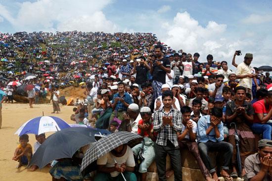 آلاف من مسلمي الروهينجا