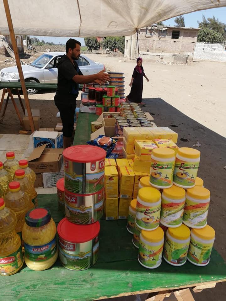قافلة للسلع الغذائية بقرية برياض كفر الشيخ  (6)