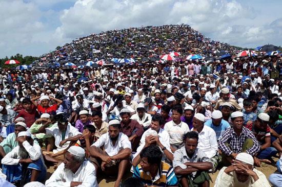 مسلمو الروهينجا يحيون الذكرى الثانية للابادة الجماعية