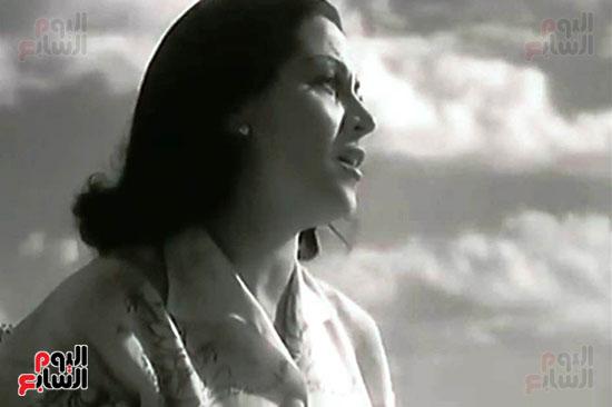 تمثال-ليلي-مراد-بشاطئ-الغرام-في-مطروح-(7)