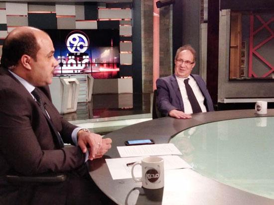 الدكتور محمد العزازي رئيس جامعة مصر (3)