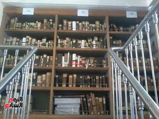 مكتبة-الدير