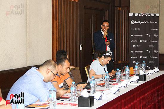 مؤتمر صحفى - VAR (10)