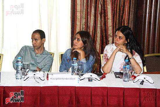 مؤتمر صحفى - VAR (6)