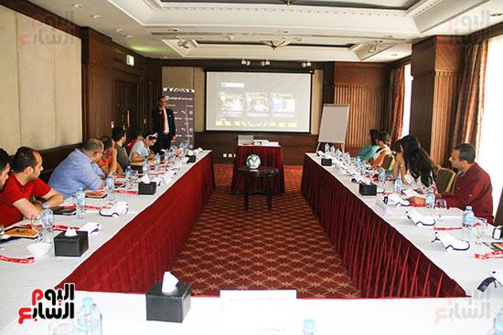 مؤتمر صحفى - VAR (4)