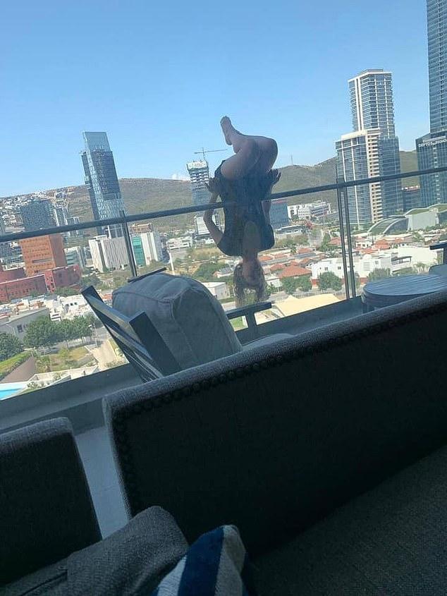 سقوط فتاة من الدور السادس أثناء ممارسة اليوجا على حافة الشرفة (1)